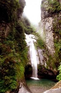 Wasserfall im Hochland Chinas